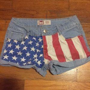 L.E.I Ashley Low rise American Flag shorts- Size 3